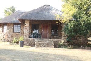 chalets-rhino-lion-game-reserve-001