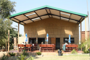 wondercave-restaurant-rhino-lion-game-reserve-001